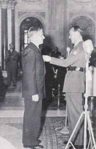 A.W.M. Ausems en prins Bernhard